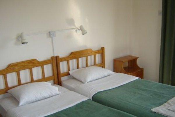 Maricosta Apartments - фото 3
