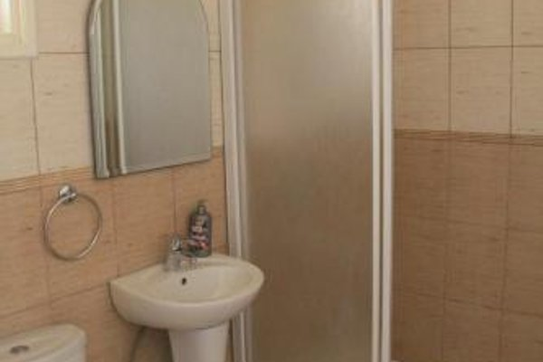 Maricosta Apartments - фото 8