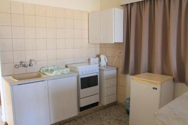Maricosta Apartments - фото 9
