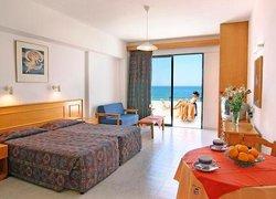 Corallia Beach Hotel Apartments фото 3