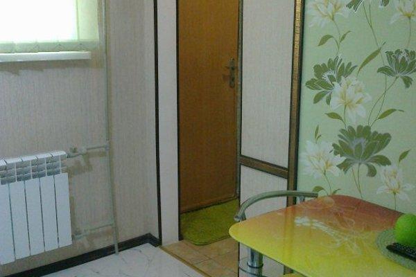 Апартаменты на проспекте Октябрьской Революции 22 - фото 16