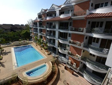Apartments Perdana Beach Resort
