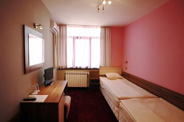Tundzha Hotel - фото 4
