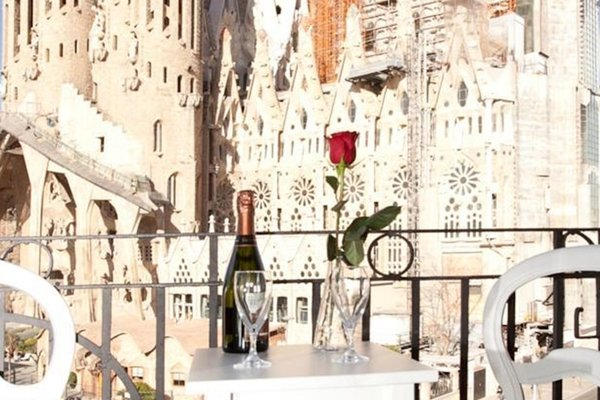 Watching Sagrada Familia - фото 9