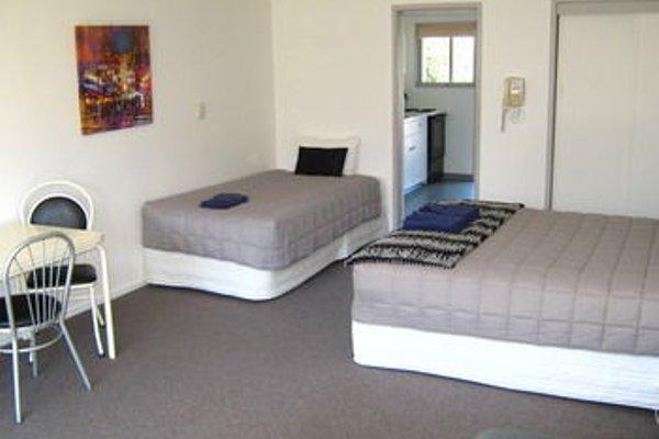 Golden Bay Motel - фото 4