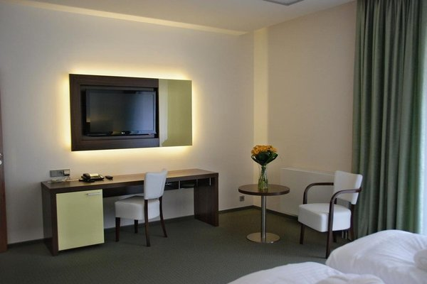 Lesni Hotel - фото 4