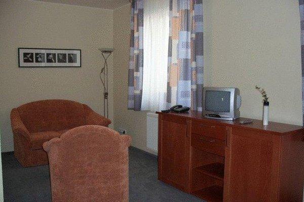 Hotel Harmonie - 3