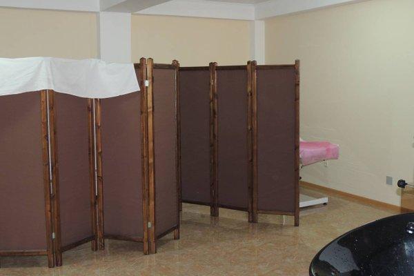 Platinum Hotel - photo 15