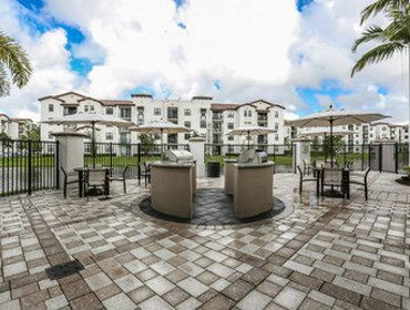 Апартаменты LYX Suites at Amli in Doral