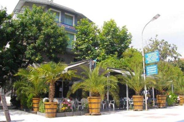 Fresh Hotel - 17