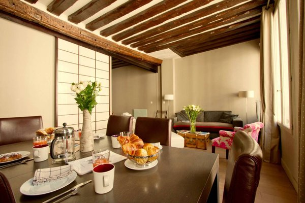 Musee du Louvre St Honore Luxury 3 bedroom Apartment - 22