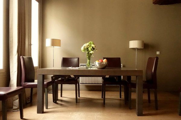 Musee du Louvre St Honore Luxury 3 bedroom Apartment - 4