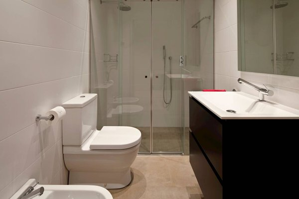 Easo Suite 1 Apartment by Feelfree Rentals - фото 11