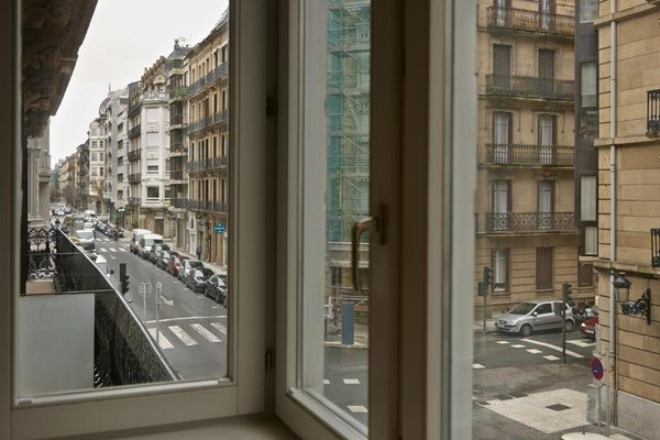 Easo Suite 1 Apartment by Feelfree Rentals - фото 18