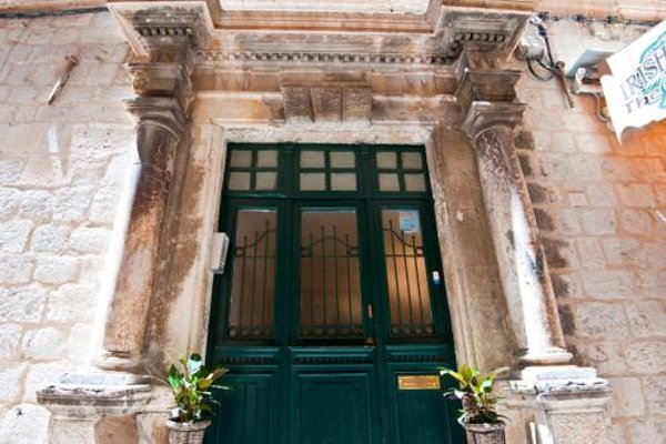 Mediteran Old Town Apartments - фото 5
