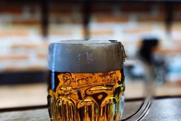 Hotel & Apartments U Cerneho orla - 17