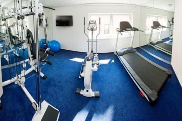Hotel & Apartments U Cerneho orla - 20
