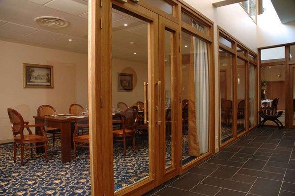 Best Western Amiral Hotel - 14
