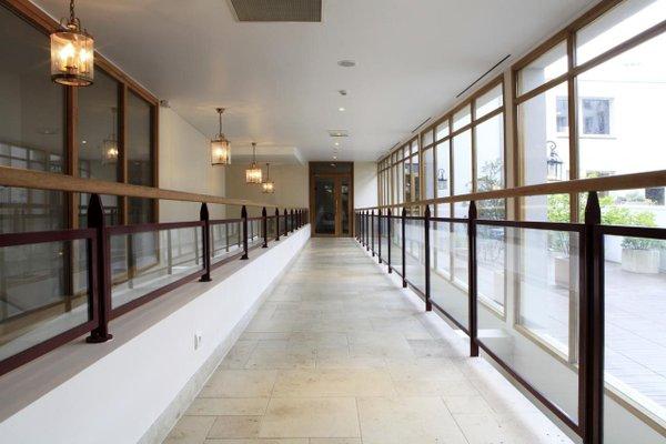 Best Western Amiral Hotel - 15