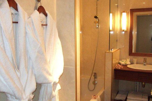 Best Western Amiral Hotel - 8