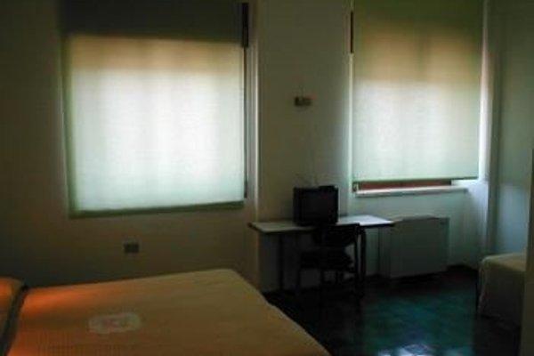 Siris Hotel - 8