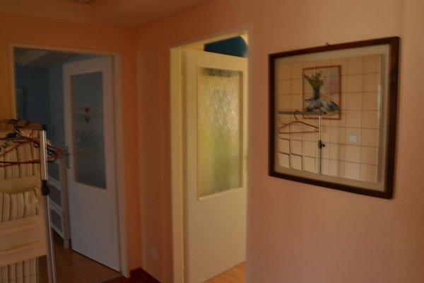 Apartment Divoka Sarka - фото 18