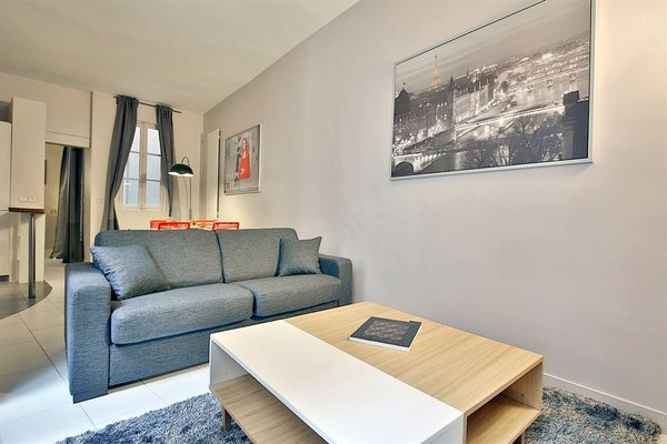 APPARTEMENT SAINT GERMAIN - QUAIS DE SEINE - 13