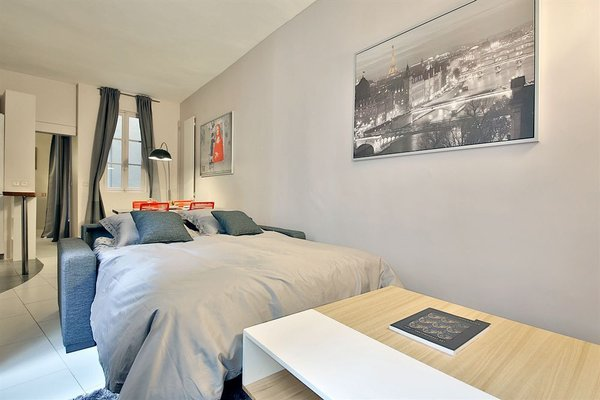APPARTEMENT SAINT GERMAIN - QUAIS DE SEINE - 3