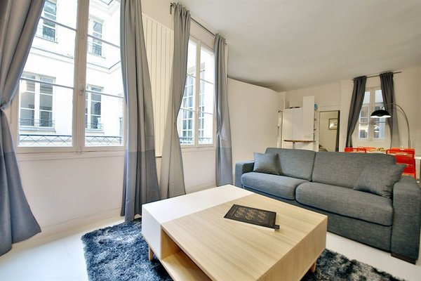 APPARTEMENT SAINT GERMAIN - QUAIS DE SEINE - 5