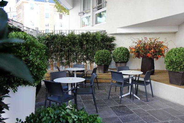 Comfort Hotel Davout Nation Paris 20 - фото 19