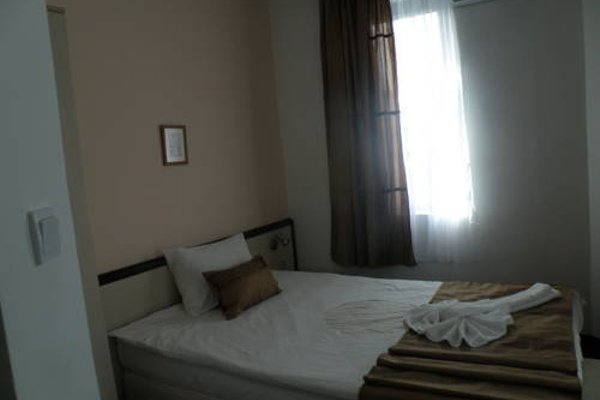 Makao Family Hotel - фото 3