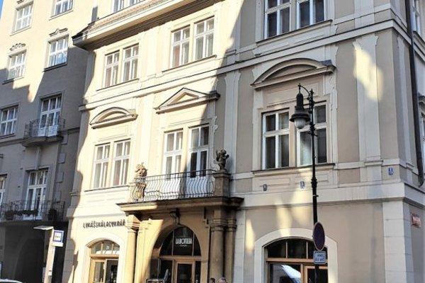 Epstein Apartments - фото 10