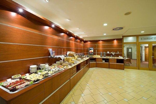 Ramada Airport Hotel Prague - фото 14