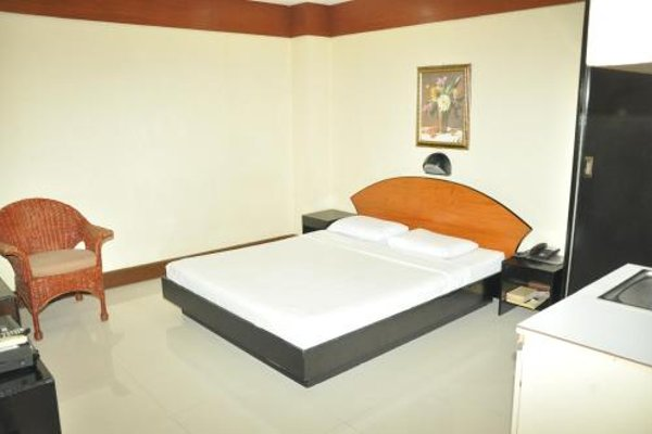 Paragon Suites - photo 4