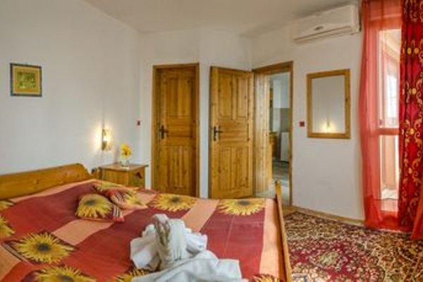 Perla Hotel - 3