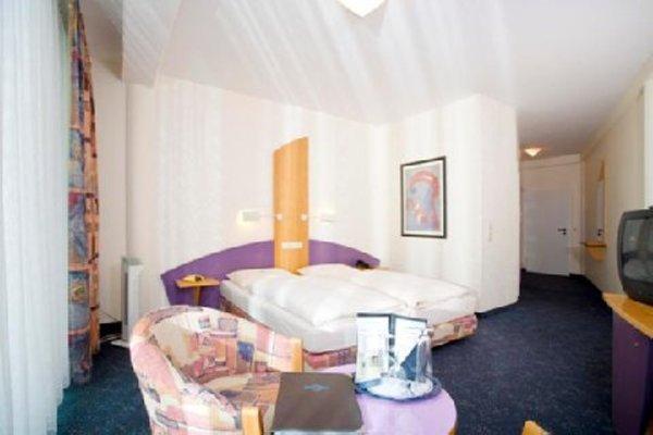 EuroNova arthotel - фото 3