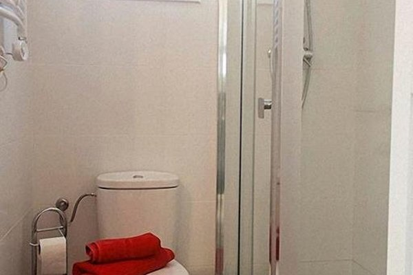 Barcelona Cosy Rooms - фото 11