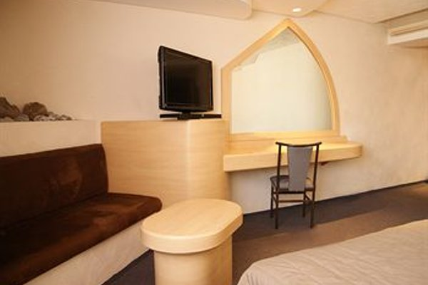 Porto Novo Hotel & Suites - фото 3