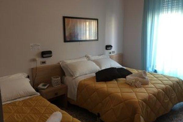 Abc Hotel - фото 3