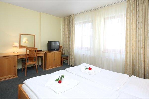 Отель Claris - фото 5