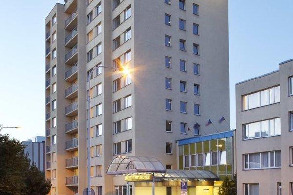 Hotel Fortuna West - фото 20