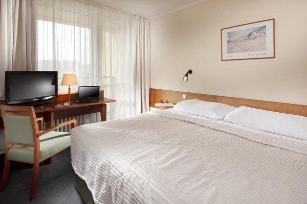 Hotel Fortuna West - фото 3