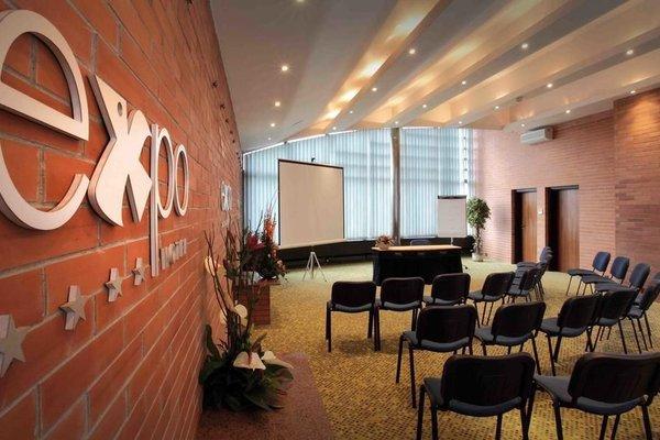 Expo Hotel - фото 16