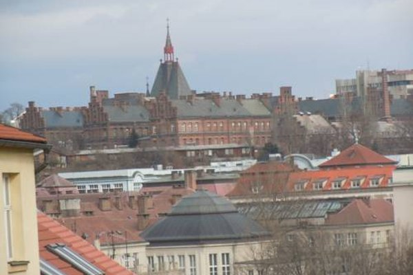 Apartments Vysehrad With Free Parking - фото 23