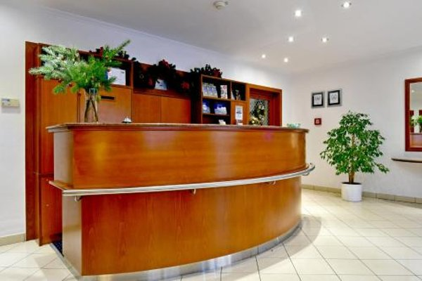 Hotel Coronet - 16