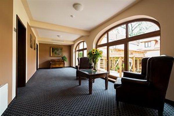 Hotel Selsky Dvur - Bohemian Village Courtyard - фото 14