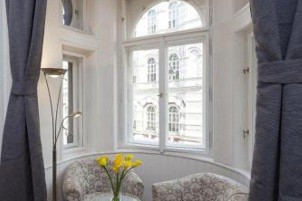 Capital Apartments - фото 21