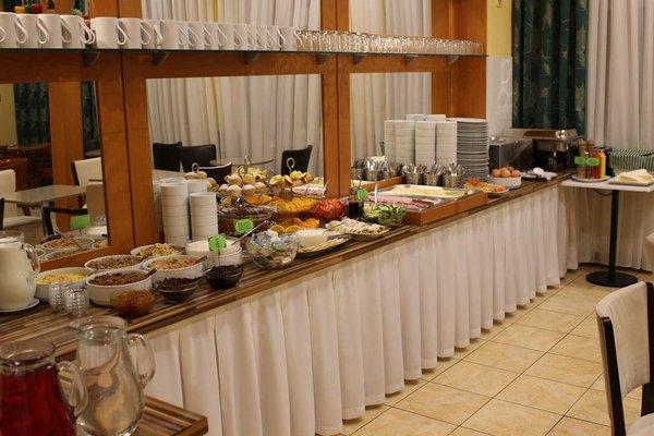 Gallery Hotel SIS - фото 13
