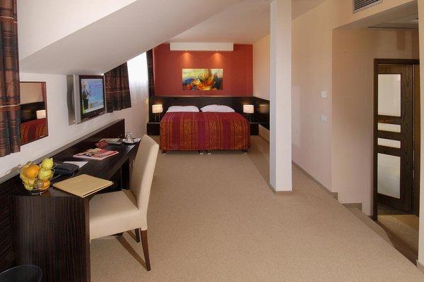EA Hotel Manes - фото 16
