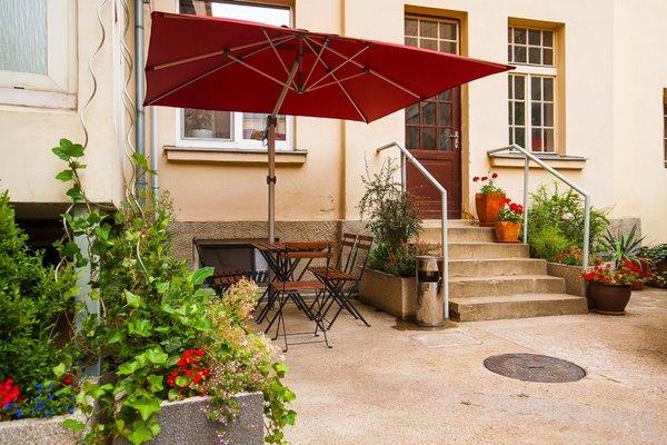 Cloister Inn (Клоистер Инн) - фото 21